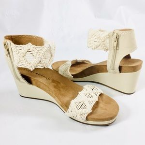 LUCKY BRAND Kierlo Ankle Strap Wedge Sandals
